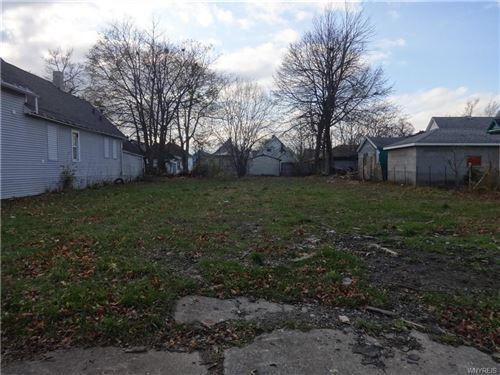 Photo of 98 Milburn Street, Buffalo, NY 14212 (MLS # B1304453)