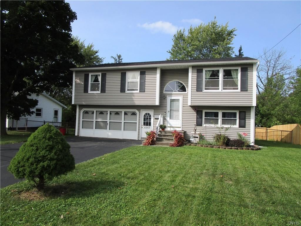 4967 Driftwood Drive, Liverpool, NY 13088 - #: S1292466