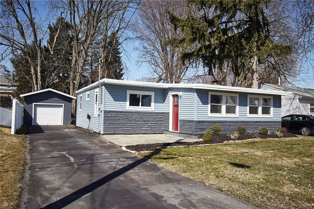 106 W Molloy Road, Syracuse, NY 13211 - MLS#: S1324466