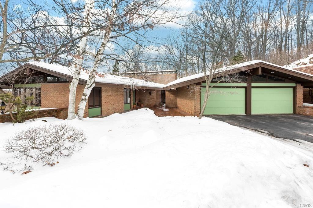 17 Quaker Hill Rd Road, Syracuse, NY 13224 - MLS#: S1321477