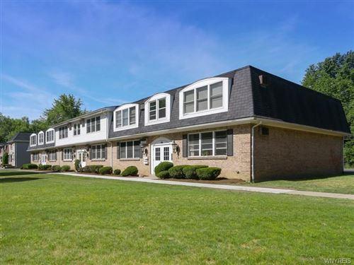Photo of 100 Sundridge #8, Amherst, NY 14228 (MLS # B1266502)