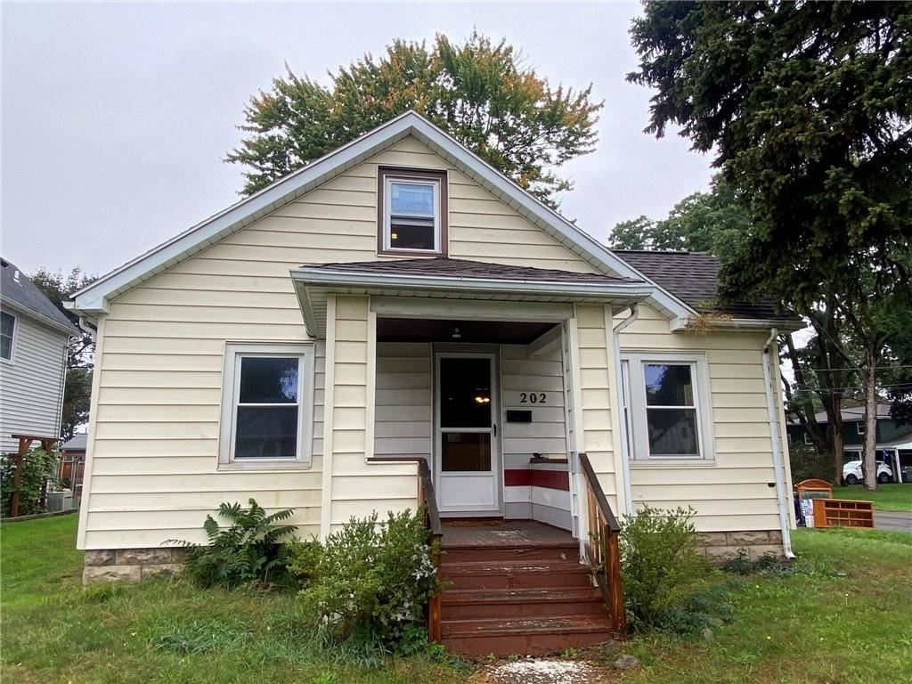 202 Longridge Avenue, Rochester, NY 14616 - MLS#: R1370516
