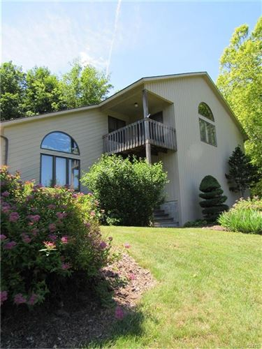 Photo of 2614 Rolling Hills Road, Camillus, NY 13031 (MLS # S1345529)