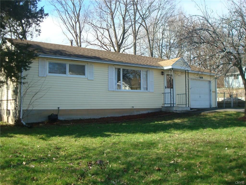 225 Armstrong Place, Syracuse, NY 13207 - #: S1255533