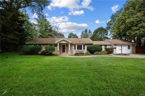 Photo of 109 Wellwood Drive, Fayetteville, NY 13066 (MLS # S1364559)