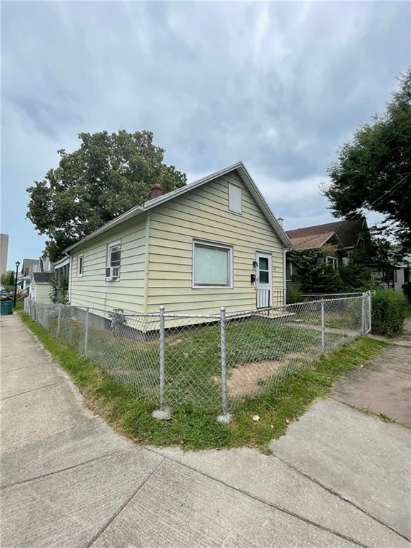 162 Benton Street, Rochester, NY 14620 - MLS#: R1359562
