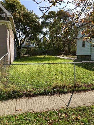 Photo of 631 E Ferry Street, Buffalo, NY 14211 (MLS # B1301601)