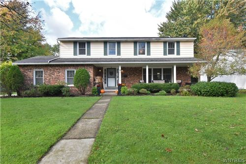 Photo of 59 Chaumont Drive, Williamsville, NY 14221 (MLS # B1373601)