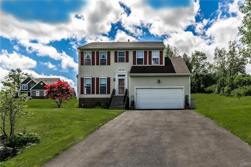4245 Peach Blossom Avenue, Syracuse, NY 13215 - #: S1339610