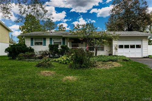 Photo of 123 Washburn Drive, East Syracuse, NY 13057 (MLS # S1373631)