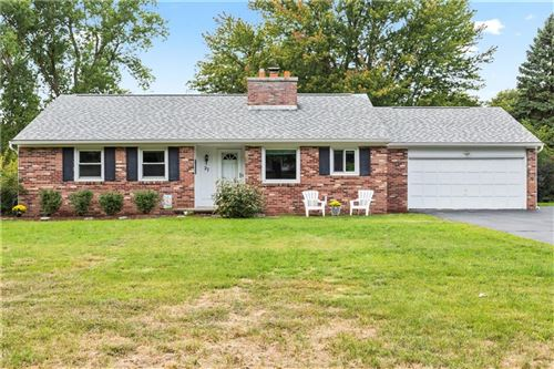 Photo of 27 High Point, Fairport, NY 14450 (MLS # R1289634)