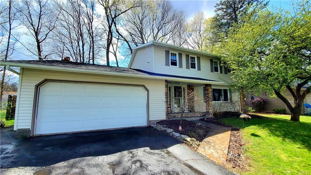 4206 Fireside Drive, Liverpool, NY 13090 - MLS#: S1327635