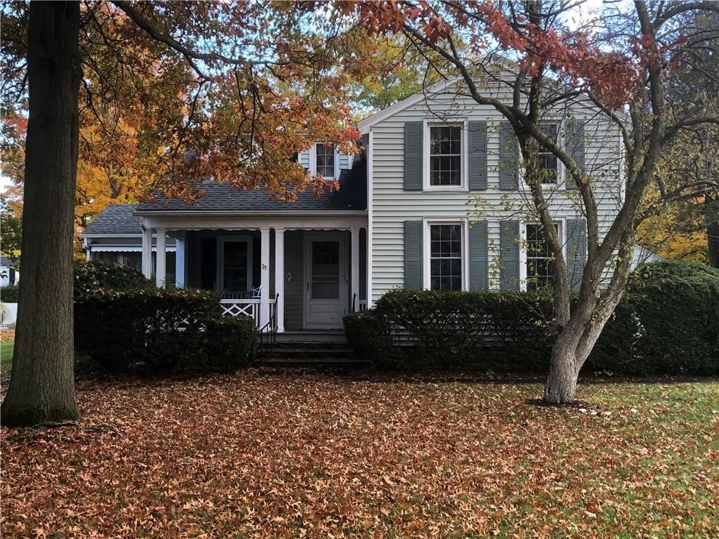 19 Summit St, Le Roy, NY 14482 - #: R1303643