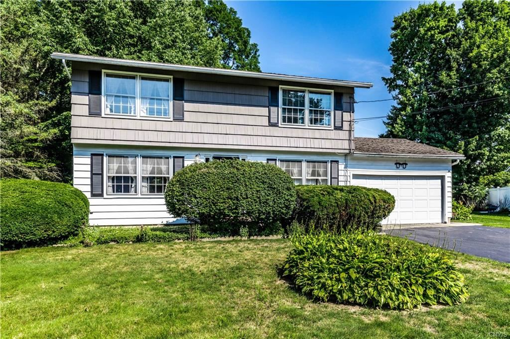 113 Meadow River Drive, Liverpool, NY 13090 - #: S1285646