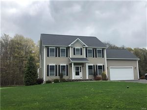 Photo of 129 View Point Lane, Camillus, NY 13031 (MLS # S1188648)