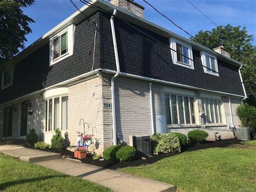 Photo of 124 Harrogate, Williamsville, NY 14221 (MLS # B1259652)