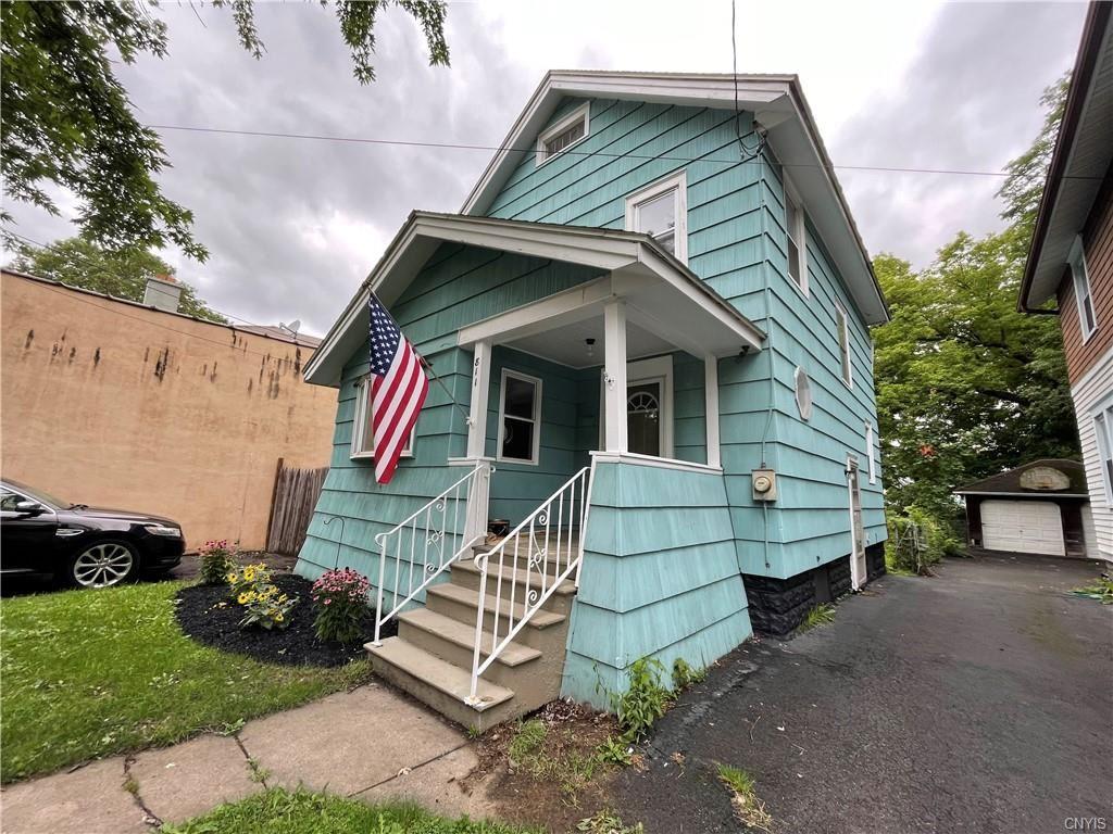 811 Valley Dr, Syracuse, NY 13207 - MLS#: S1351665