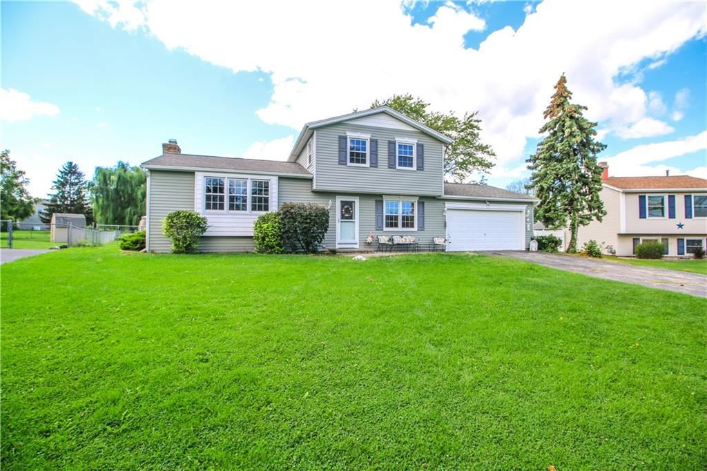 99 Squire Dale Lane, Rochester, NY 14612 - MLS#: R1365694