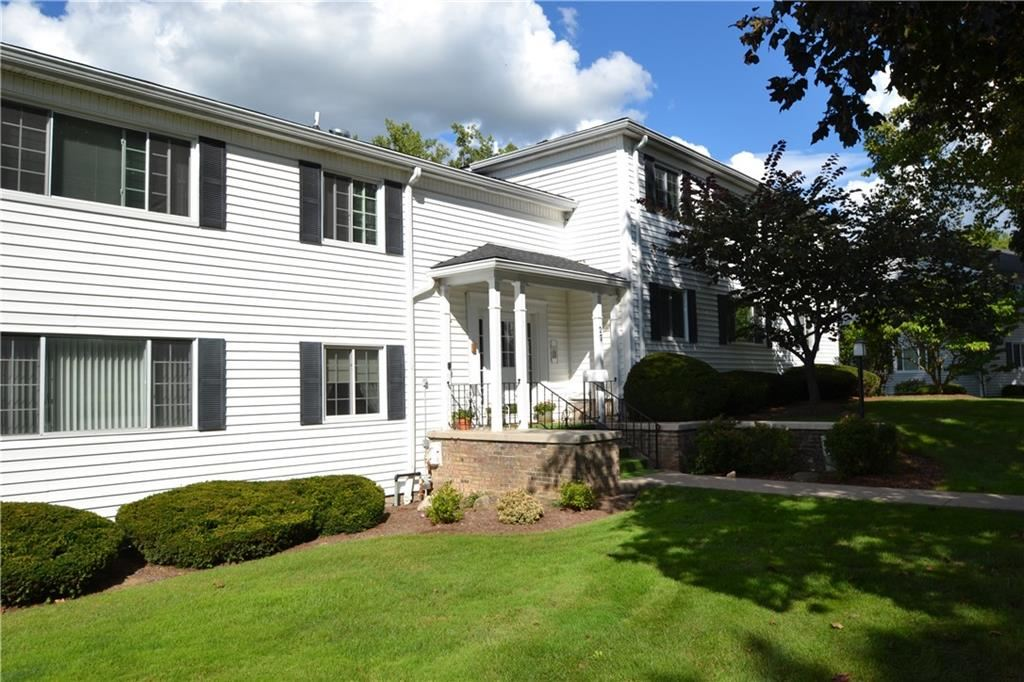 27 Colonial Parkway #C, Pittsford, NY 14534 - MLS#: R1365695