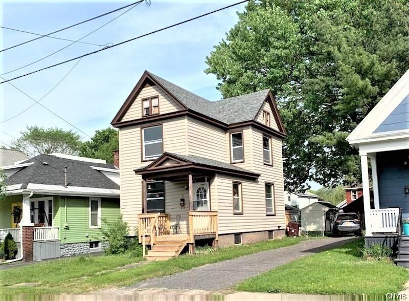 8 Trinity Avenue, Yorkville, NY 13495 - MLS#: S1338721