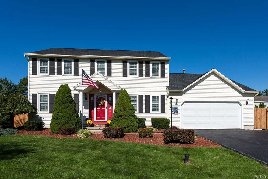 8425 Sugar Pine Circle, Liverpool, NY 13090 - #: S1265734
