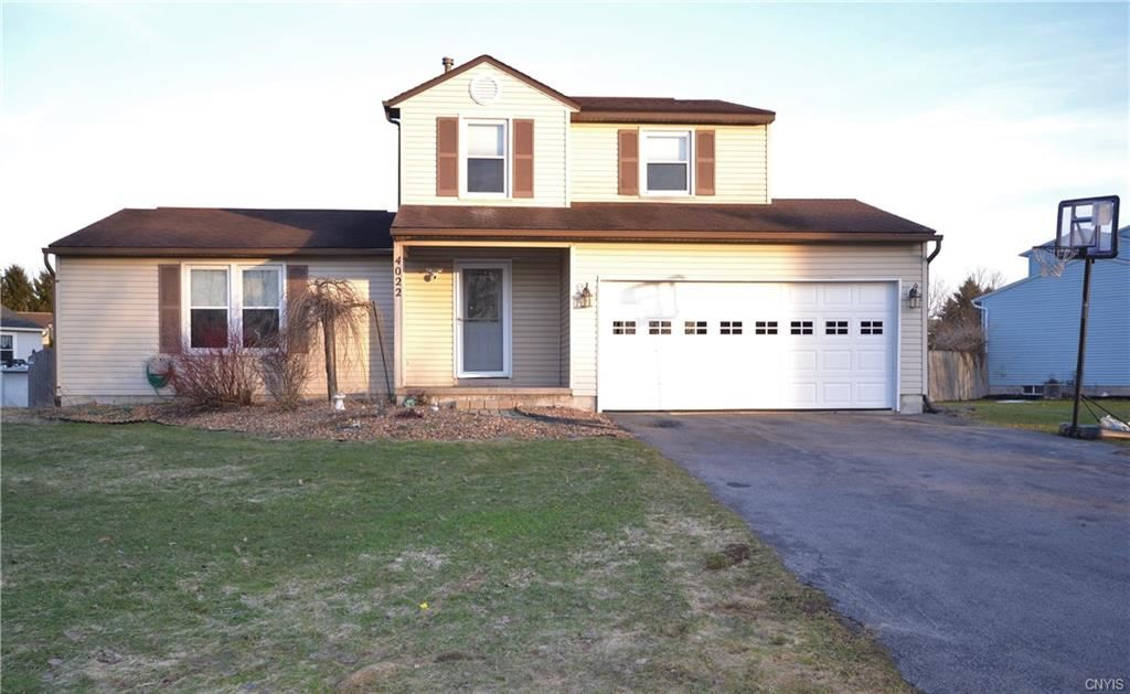 4022 Plum Yew Circle, Liverpool, NY 13090 - #: S1254759