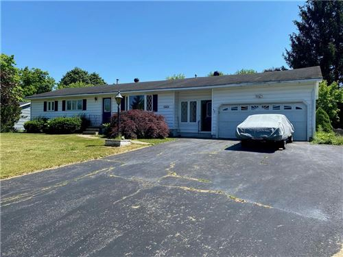 Photo of 164 Viscount Drive, Rochester, NY 14623 (MLS # R1343779)