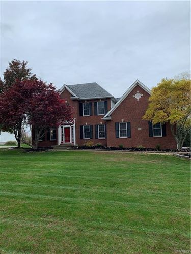 Photo of 4942 Eastbrooke Place, Williamsville, NY 14221 (MLS # B1304787)