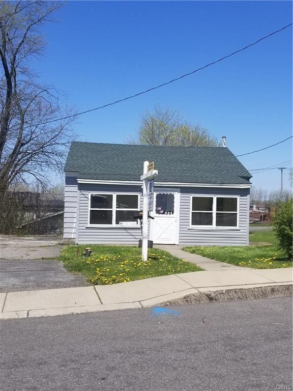 904 3rd Street, Syracuse, NY 13209 - #: S1247796