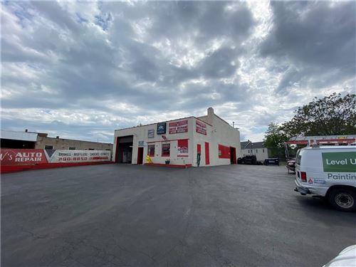 Photo of 33 Lake Avenue, Rochester, NY 14608 (MLS # R1268827)