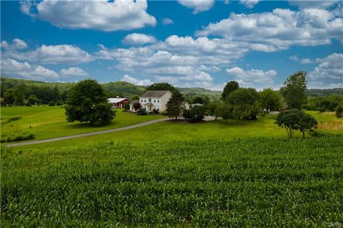 Photo of 2489 Masters Road, Marcellus, NY 13108 (MLS # S1351830)