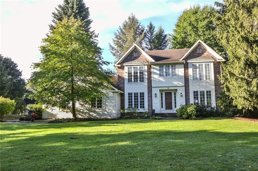 15 Meadow Cove Road, Pittsford, NY 14534 - MLS#: R1370836