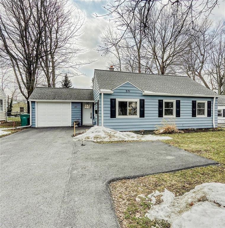 371 English Road, Rochester, NY 14616 - #: R1321842