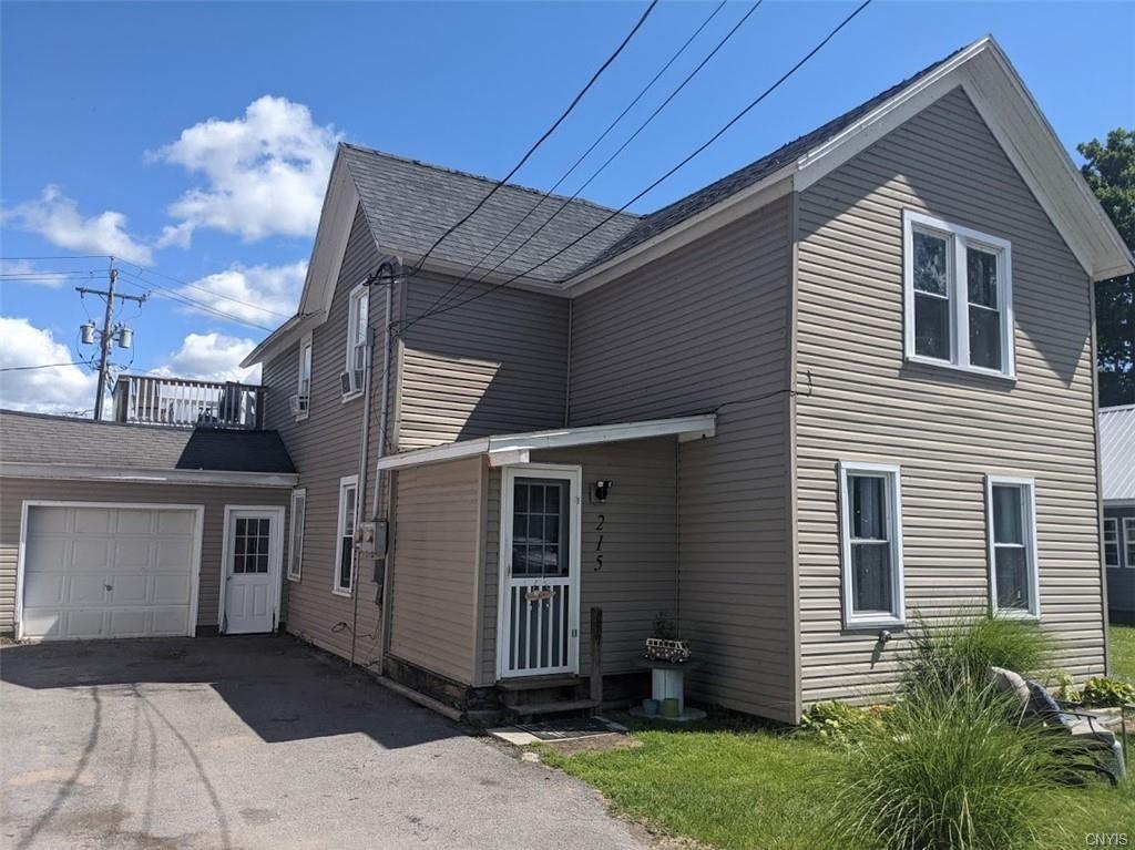 215 10th Avenue, Sylvan Beach, NY 13157 - MLS#: S1346849