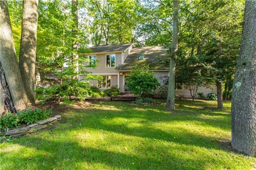 Photo of 49 Hunters Pointe, Pittsford, NY 14534 (MLS # R1230852)