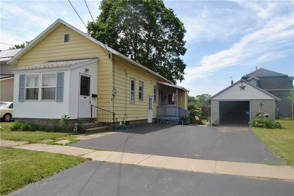 102 Clifton Avenue, Batavia, NY 14020 - #: R1345869