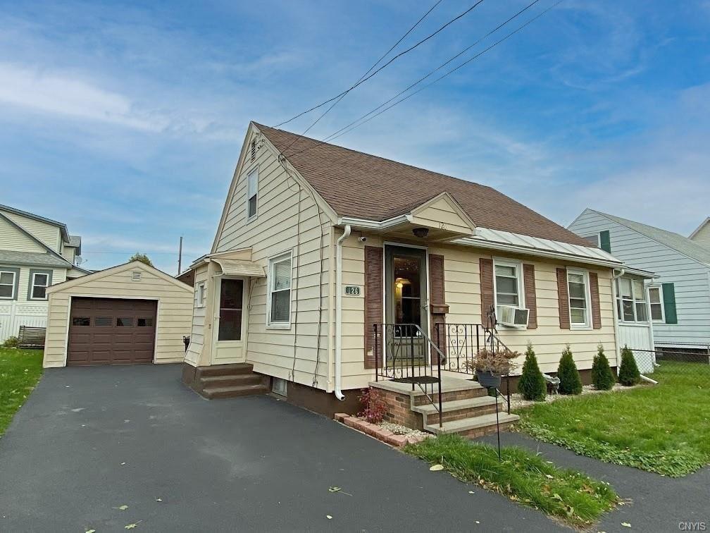 126 Hazelhurst Avenue, Syracuse, NY 13206 - #: S1305883