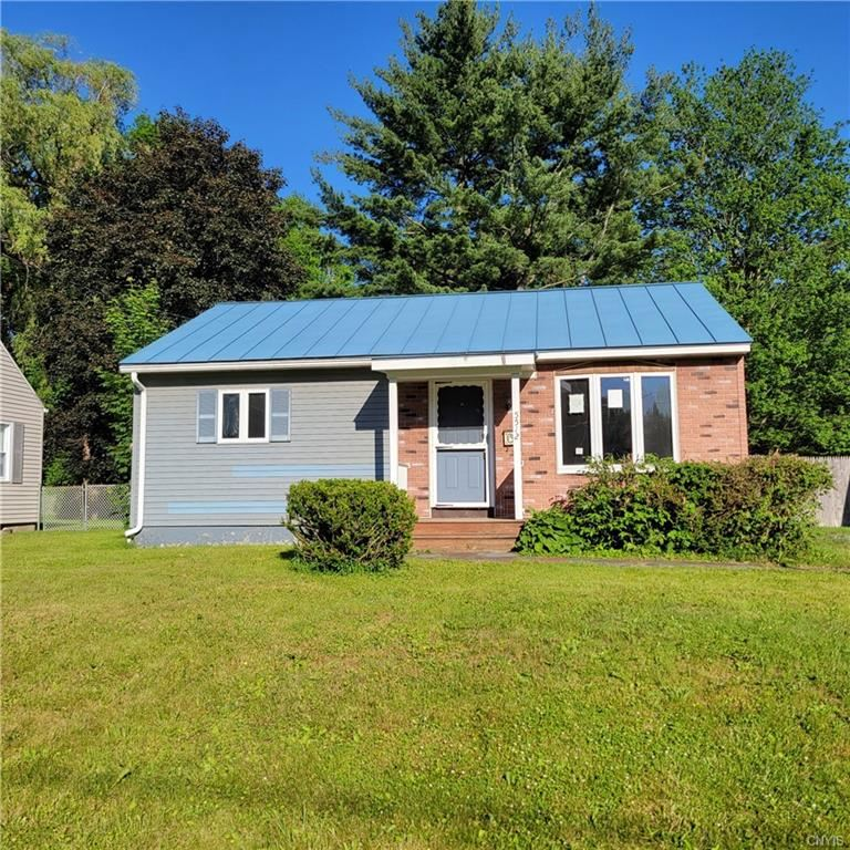 5512 Woodlawn Place, Utica, NY 13502 - MLS#: S1343891