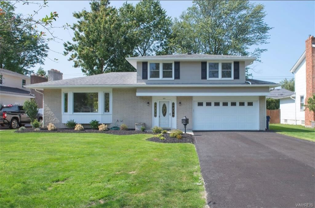 Photo for 201 Culpepper Road, Williamsville, NY 14221 (MLS # B1365908)