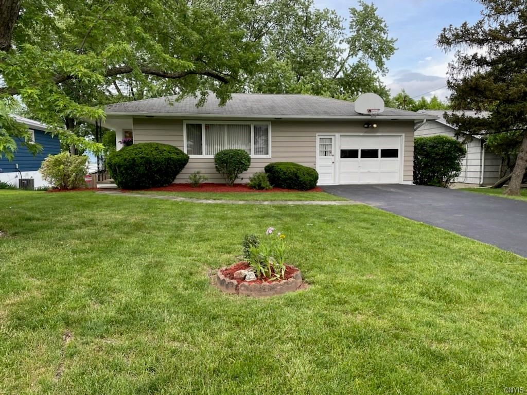 108 Clearview Road, Syracuse, NY 13214 - MLS#: S1340919
