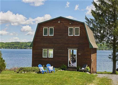 Photo of 2512 Lakeway Lane (Fire Lane 27), Skaneateles, NY 13152 (MLS # S1273935)