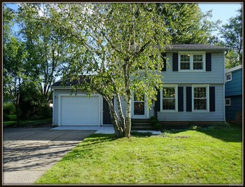 Photo of 262 CINDY Drive, Williamsville, NY 14221 (MLS # B1366936)