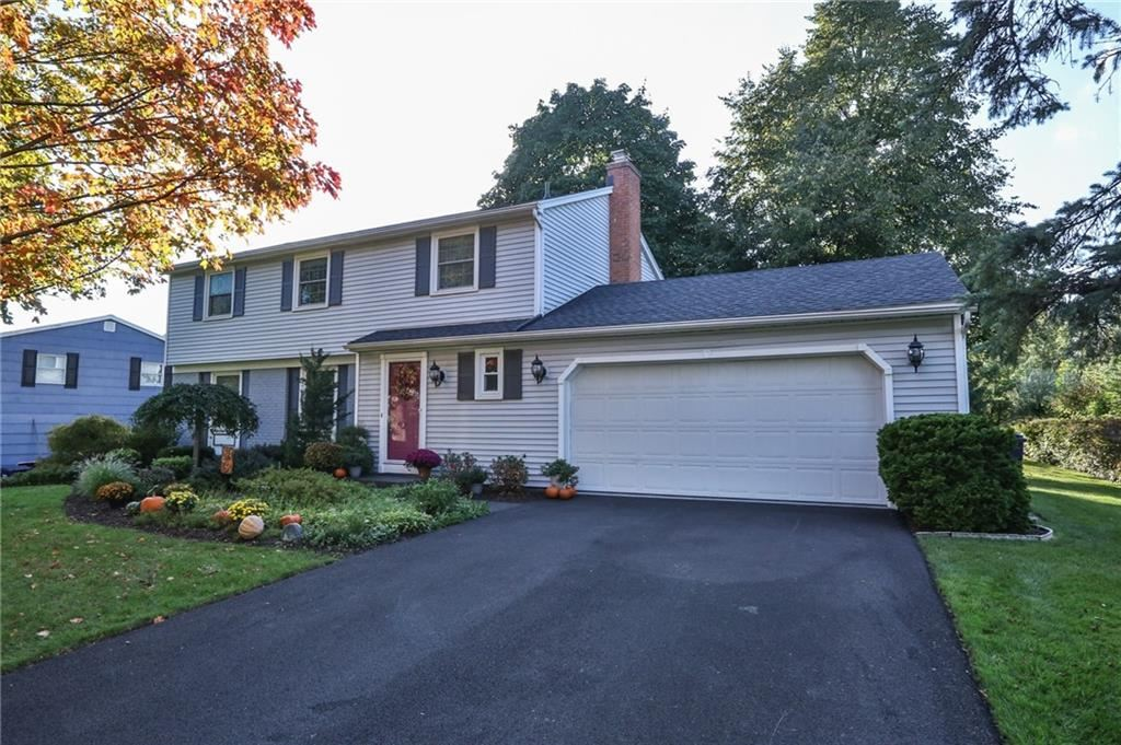 21 Lookout View Road, Fairport, NY 14450 - MLS#: R1371957