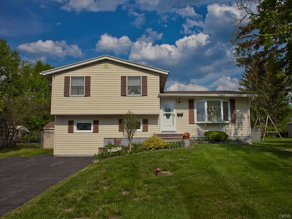 94 Bayberry Circle, Liverpool, NY 13090 - MLS#: S1339994