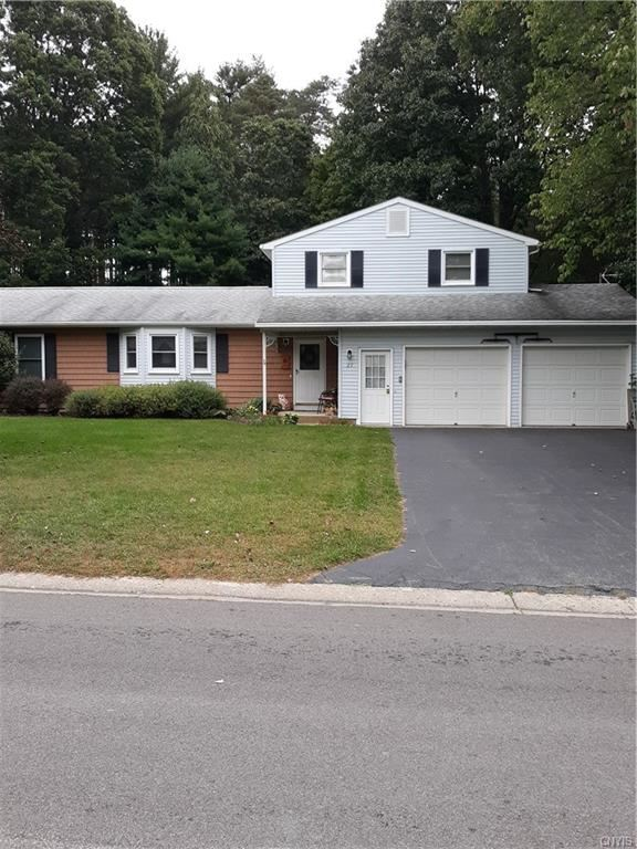 27 Mapleview Drive, Pennellville, NY 13132 - MLS#: S1369995