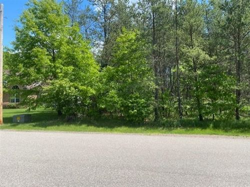 Photo of 1500 BROOKSHIRE DRIVE, Plover, WI 54467 (MLS # 22105049)