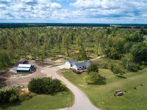 Photo of 5990 COUNTY ROAD BB, Plover, WI 54467 (MLS # 22105172)