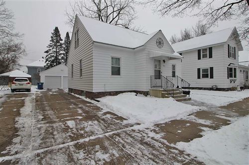 Photo of 915 S 8TH AVENUE, Wausau, WI 54401 (MLS # 22100184)