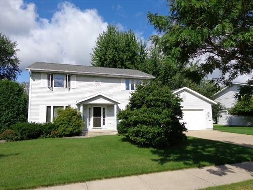 Photo of 916 FRONTENAC AVENUE, Stevens Point, WI 54481 (MLS # 22001250)
