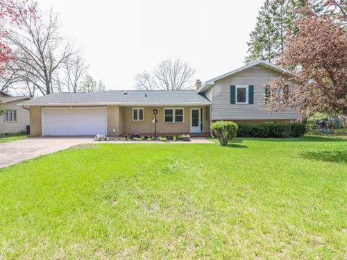 Photo of 803 SUNSET AVENUE, Stevens Point, WI 54481 (MLS # 22002394)